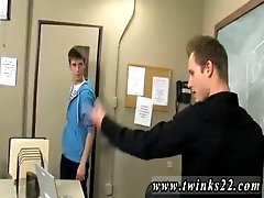 Free porn video emo gay Adrian Layton plays virginal when he&#039_s caught